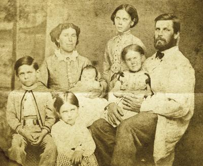 Thomas Woofenden and Catherine (Tyler) Woofenden, and children: Clara, Robert, Sarah, Esther, and Frank.